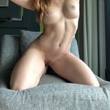 Une MILF qui aime enormement le sexe